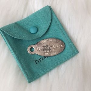 Tiffany & Co. Dog chain tag with bag